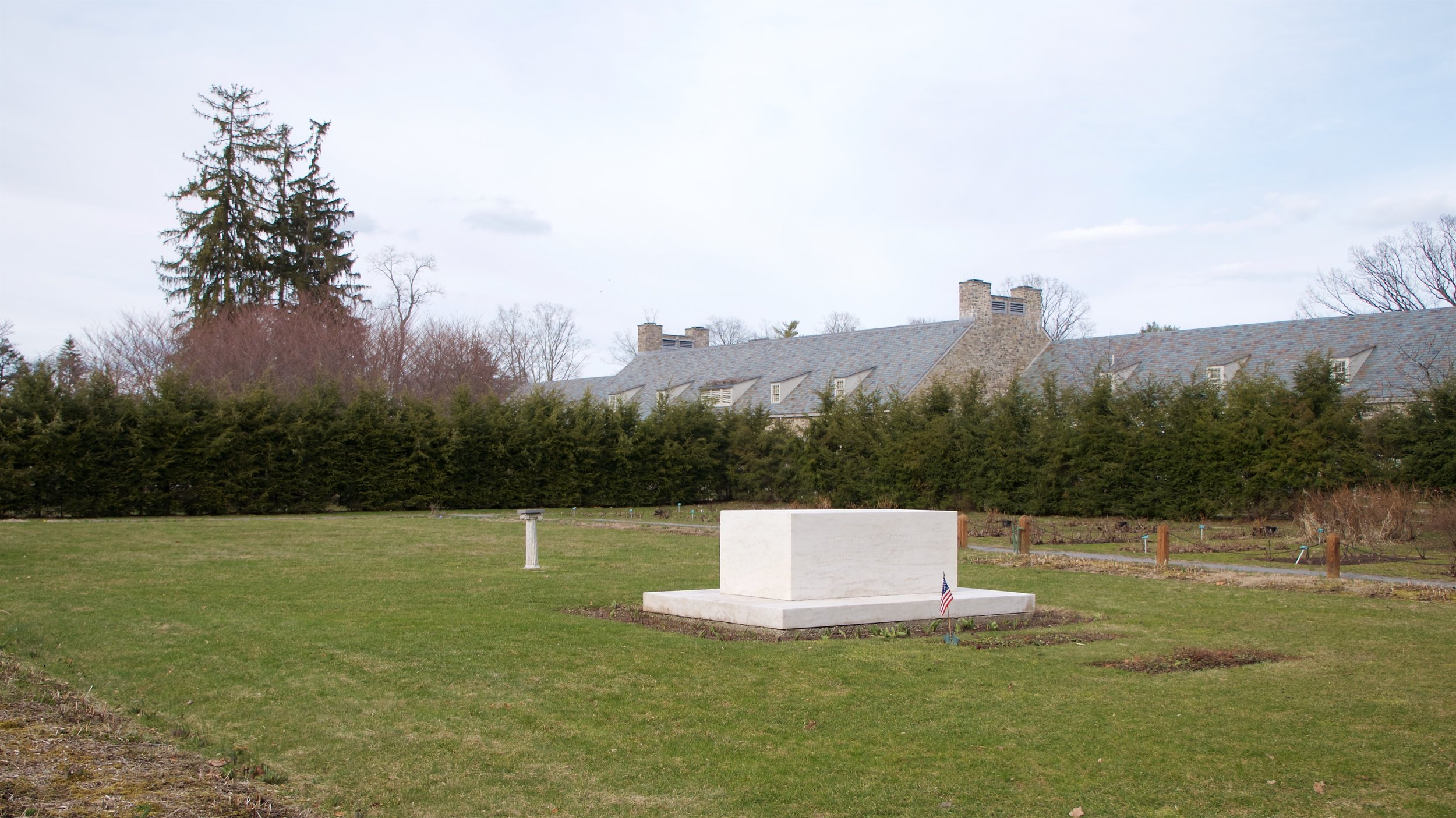 FDR, Eleanor Roosevelt burial site