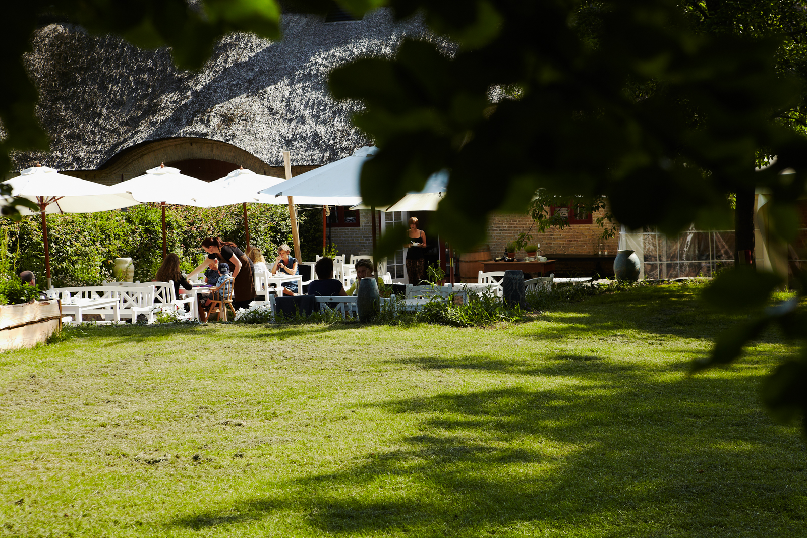 madhimlen_restaurant_002.jpg