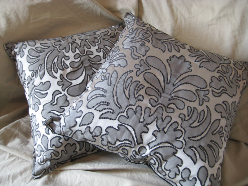 Pair of Silk Pillows 20x20.jpg