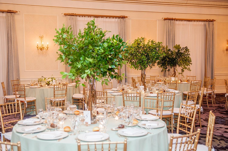mikkelpaige-full_aperture_floral-pearl_river_hilton_wedding_0026.jpg