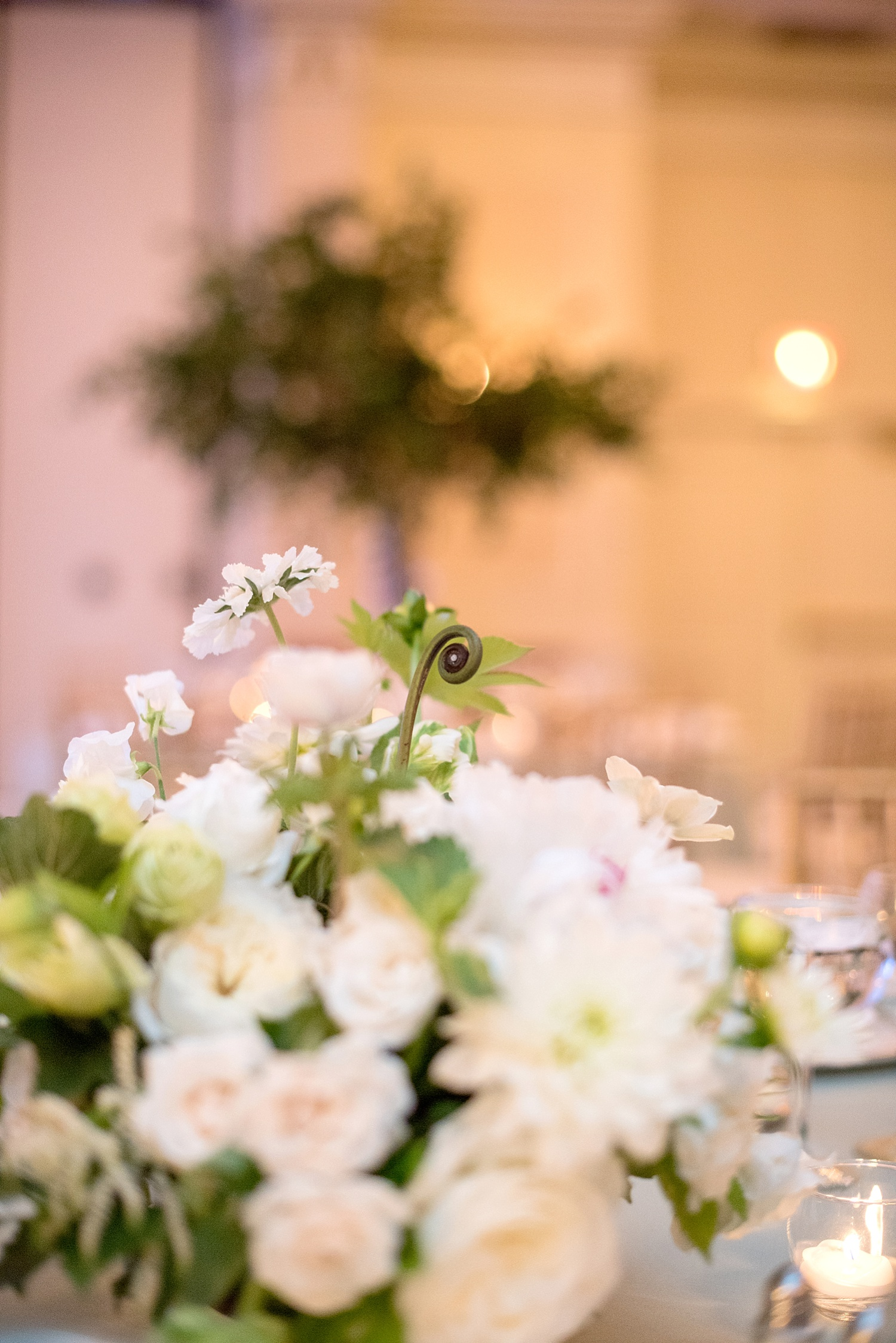 mikkelpaige-full_aperture_floral-pearl_river_hilton_wedding_0033.jpg