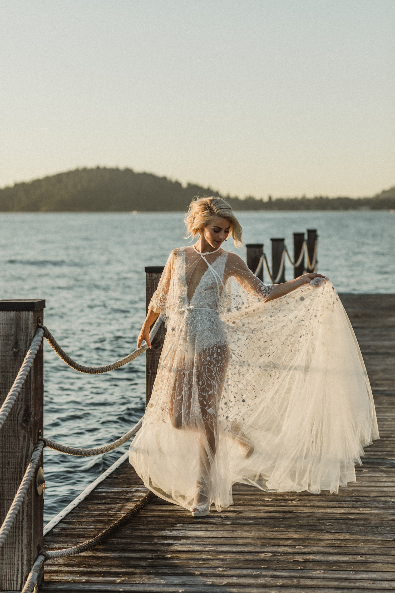 Julianne Hough and Brooks Laich Wedding - Wild Bloom Floral - Sarah Falugo Photography - Simply Troy Event Design 21.jpeg