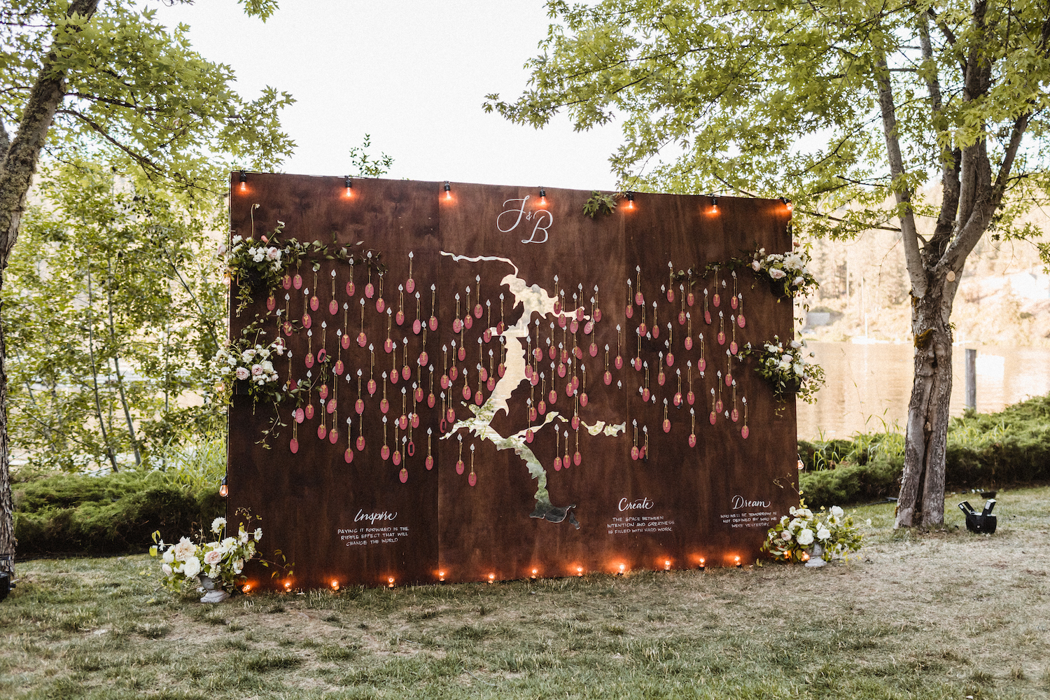 Julianne Hough and Brooks Laich Wedding - Wild Bloom Floral - Sarah Falugo Photography - Simply Troy Event Design 44.jpeg