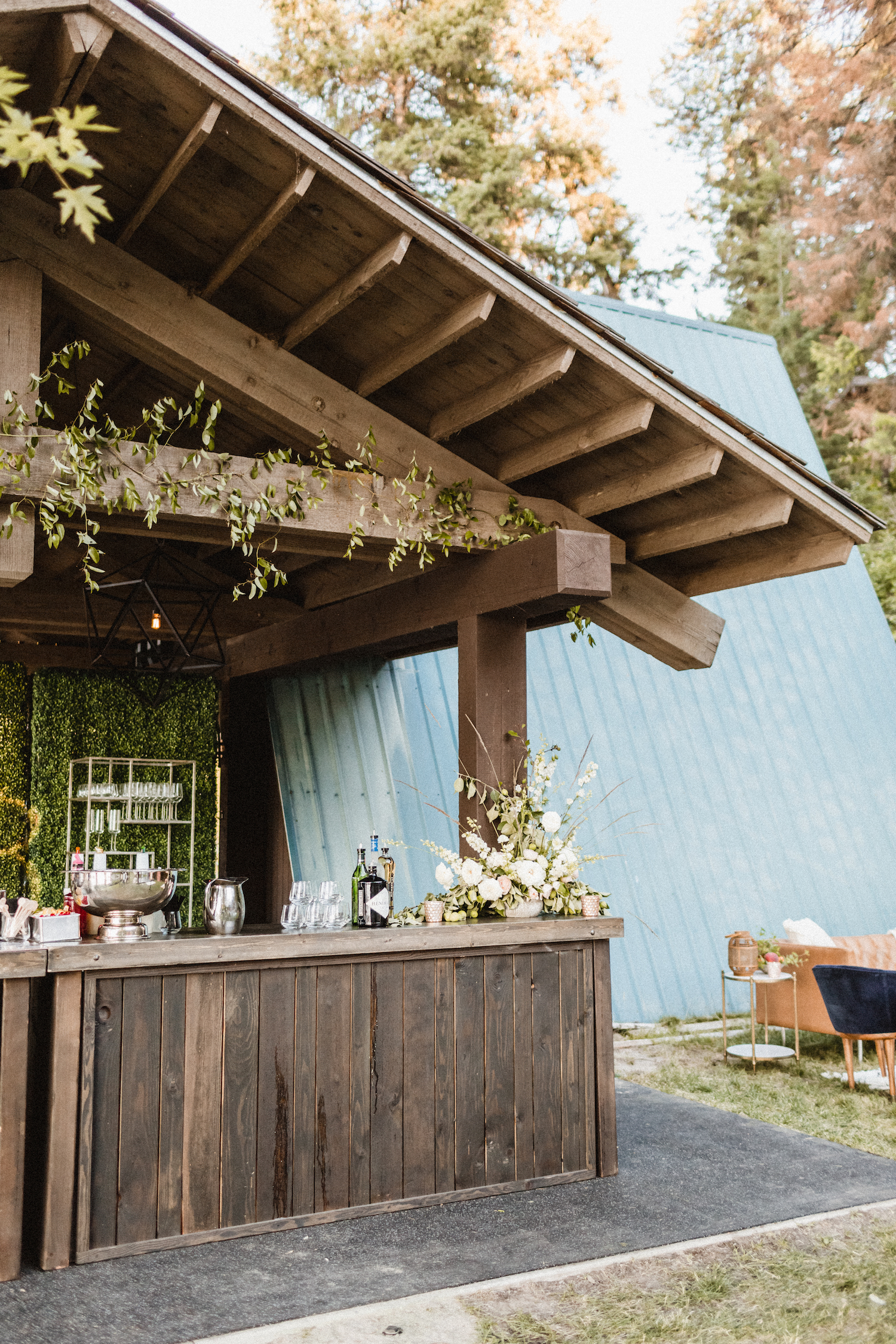 Julianne Hough and Brooks Laich Wedding - Wild Bloom Floral - Sarah Falugo Photography - Simply Troy Event Design 48.jpeg