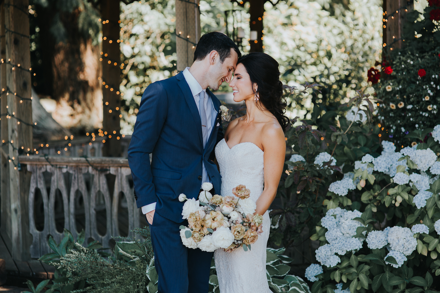 Wild Bloom Floral - Rachel Birkhofer Photography - Jessica and Phil - Real Wedding - Seattle 15.jpeg