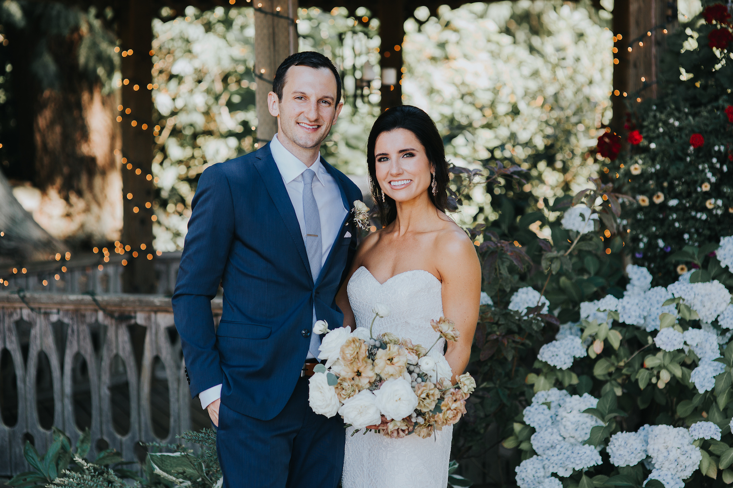 Wild Bloom Floral - Rachel Birkhofer Photography - Jessica and Phil - Real Wedding - Seattle 16.jpeg
