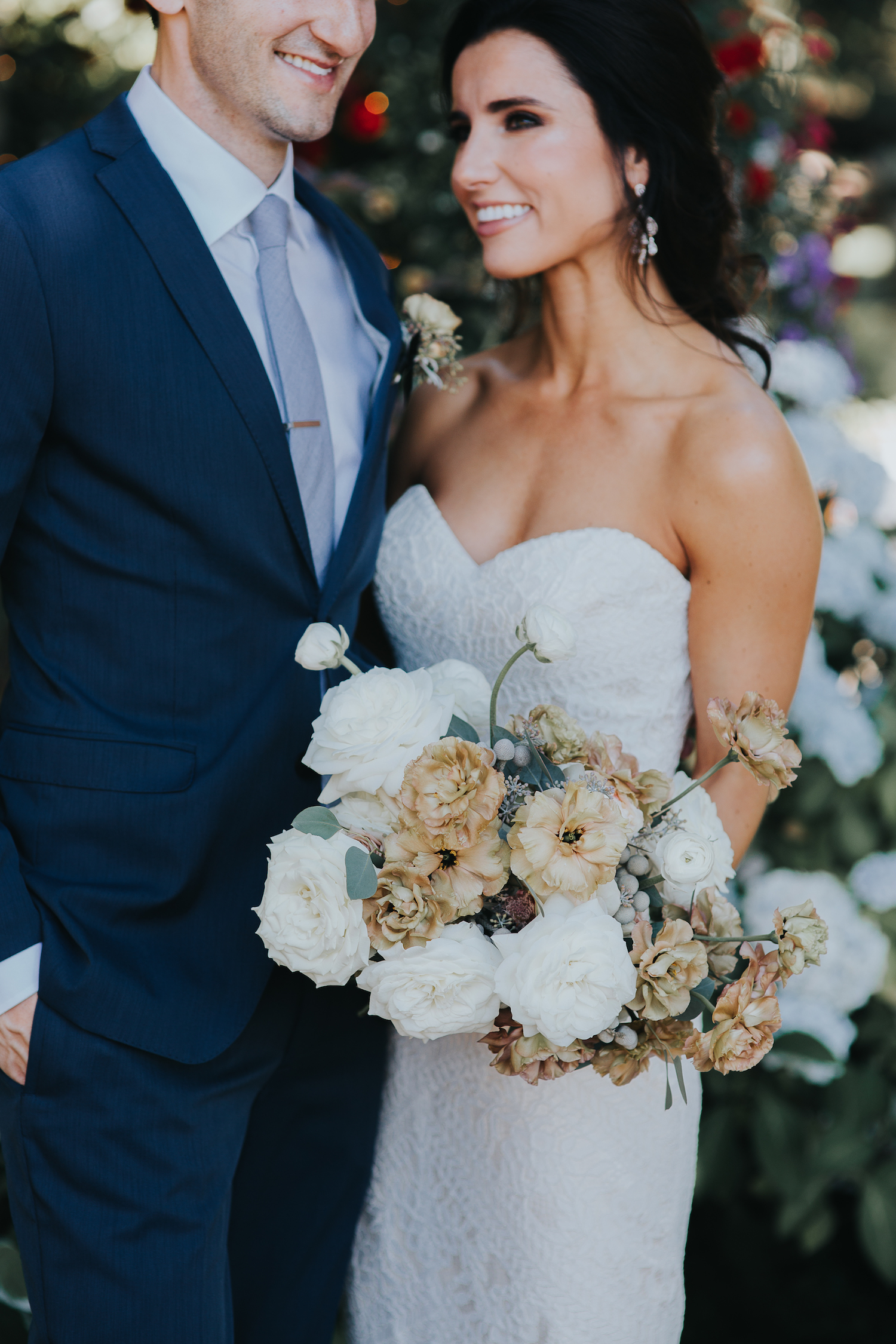 Wild Bloom Floral - Rachel Birkhofer Photography - Jessica and Phil - Real Wedding - Seattle 18.jpeg
