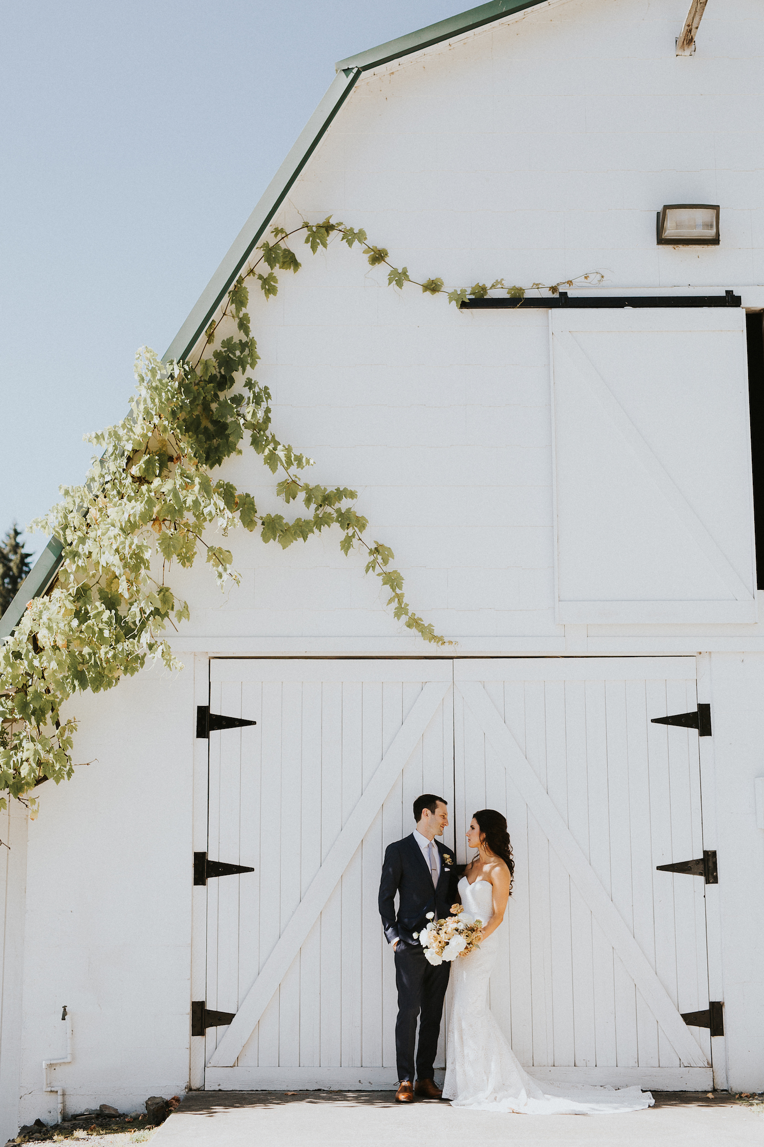 Wild Bloom Floral - Rachel Birkhofer Photography - Jessica and Phil - Real Wedding - Seattle 19.jpeg