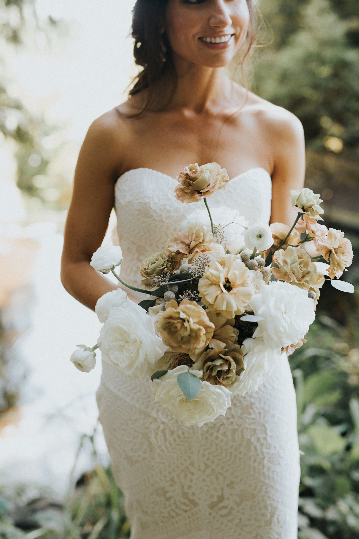 Wild Bloom Floral - Rachel Birkhofer Photography - Jessica and Phil - Real Wedding - Seattle 22.jpeg