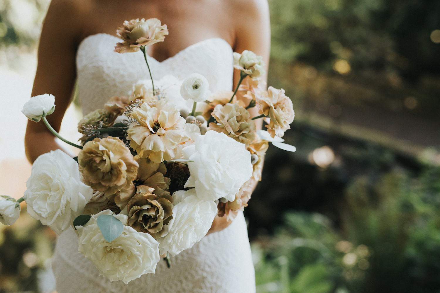 Wild Bloom Floral - Rachel Birkhofer Photography - Jessica and Phil - Real Wedding - Seattle 24.jpeg