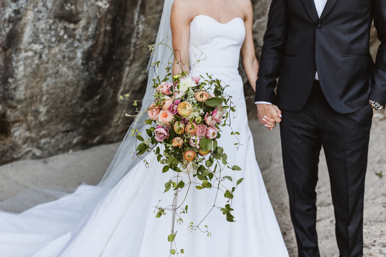 Julianne Hough Wedding Flowers