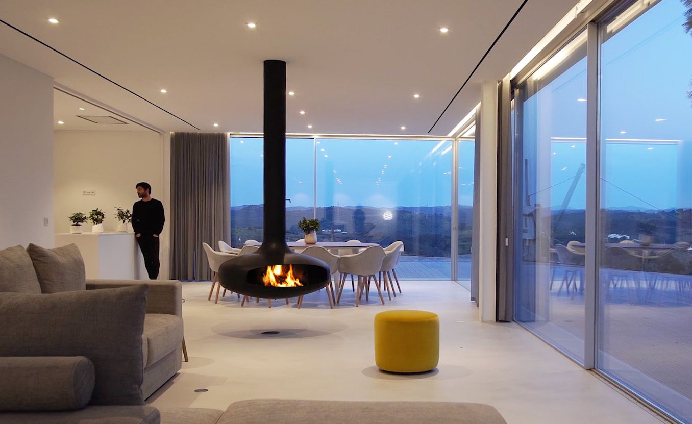 ROOST | FOCUS |DOMOFOCUS | ROTATING | FIREPLACE 5.jpg
