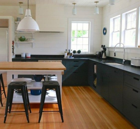 SOAPSTONE | KITCHEN COUNTER