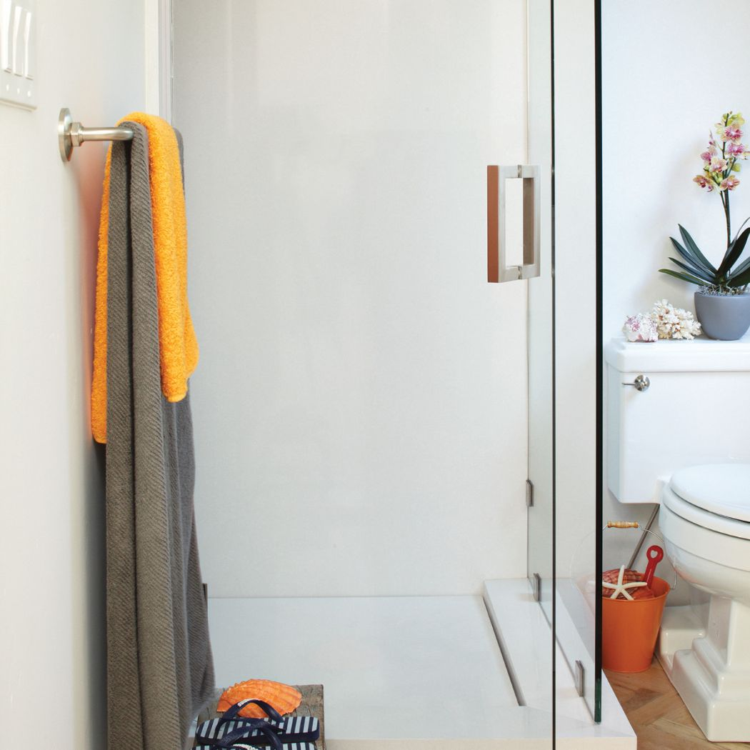 CAMBRIA | NEWPORT | BATHROOM SHOWER