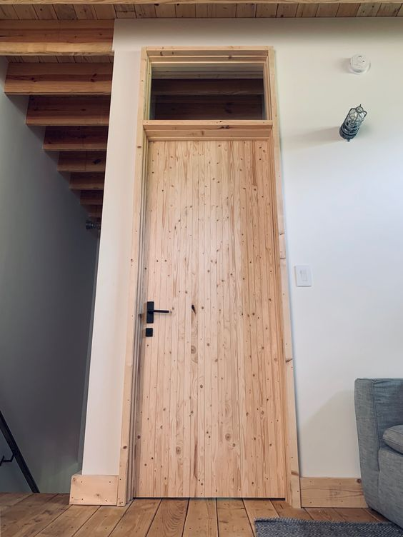 LONGHAUS | TOBAKO DOOR | PEREGRINE TRIM