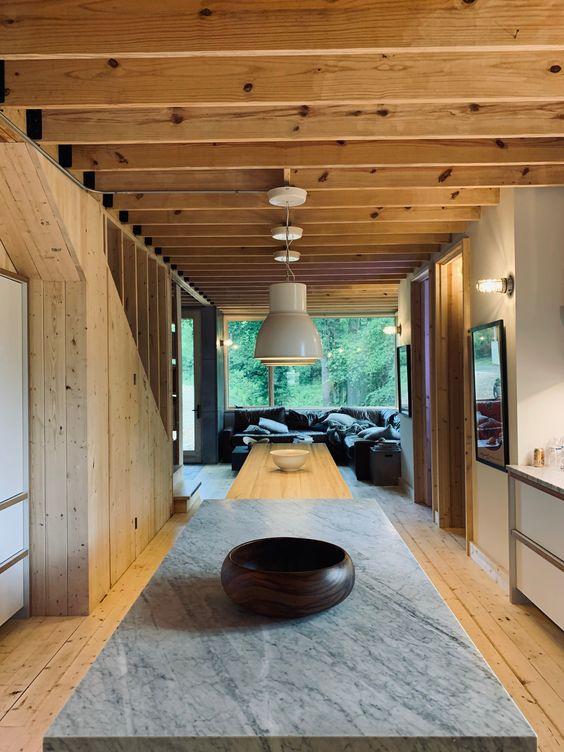 LONGHAUS   PUB TABLE   SOCO ISLAND   MARBLE & ASH