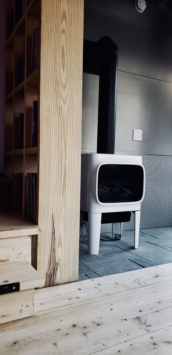 LONGHAUS | JOTUL GF 305 GAS STOVE | INTERSTELLAR PERFORATED STEEL