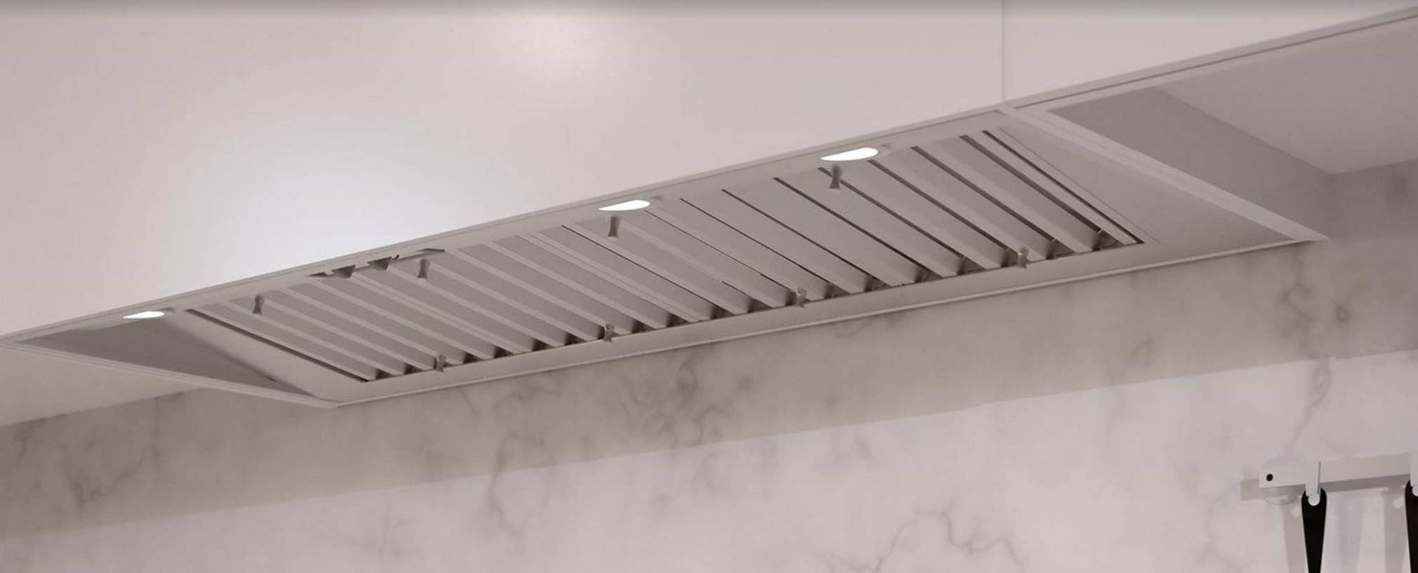 VENT HOODS | WOLF | UNDER CABINET HOOD INSERTS 7.png