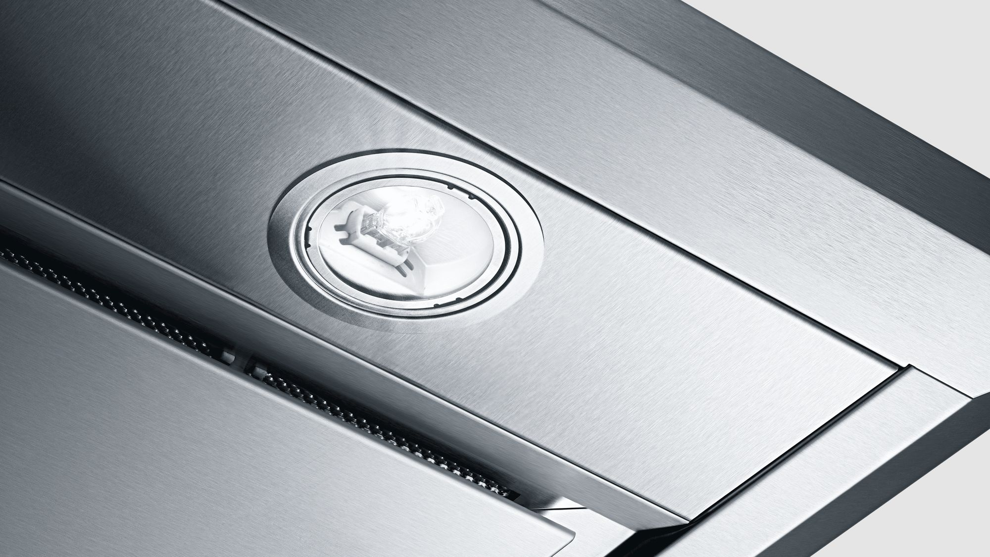 BOSCH | BUILT-IN HOODS | 500 SERIES | STAINLESS DETAIL.jpg