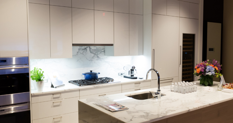 FABER | INTEGRATED HOODS | CRISTAL SS 3.png