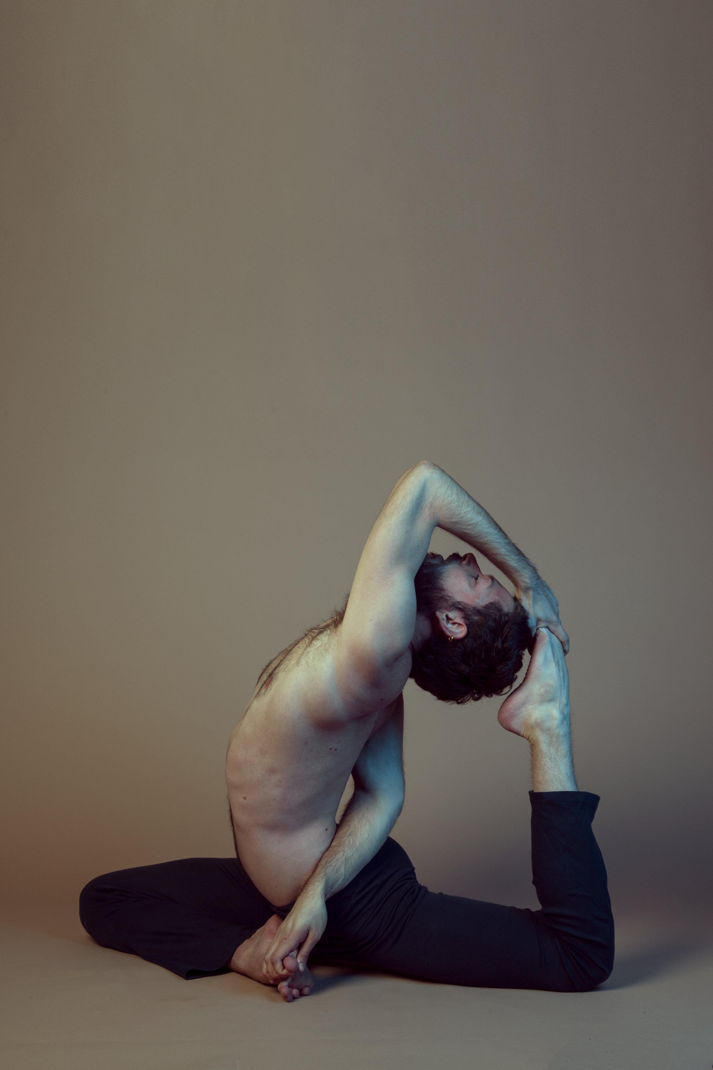 Raphael Melo Yoga 20130-Recovered.jpg