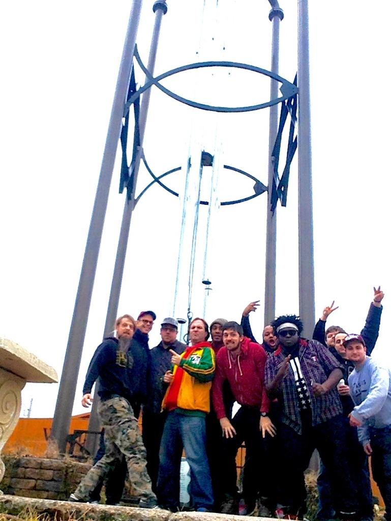 WORLD'S LARGEST WINDCHIME!