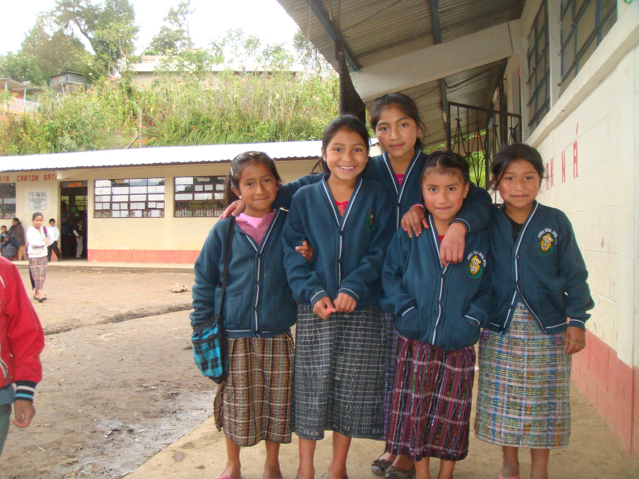 Satakna School Kids.JPG