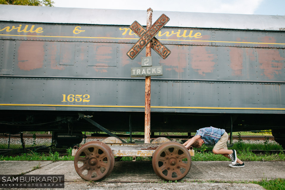 samburkardt_pensacola_florida_family_train_museum_photoshoot_summer_0017