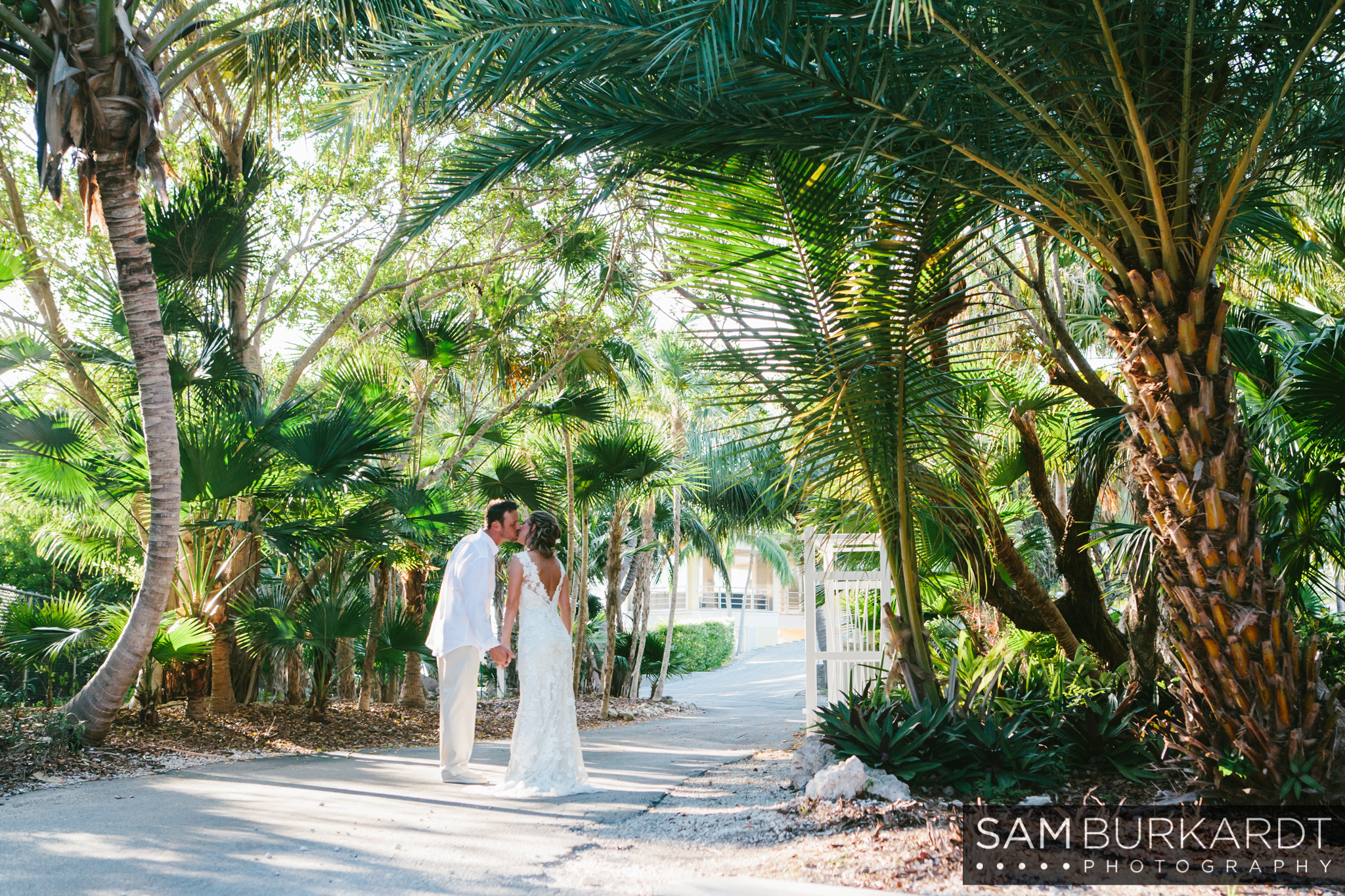 samburkardt_key_west_wedding_marathon_florida_summer_beach_ocean_front_0050.jpg