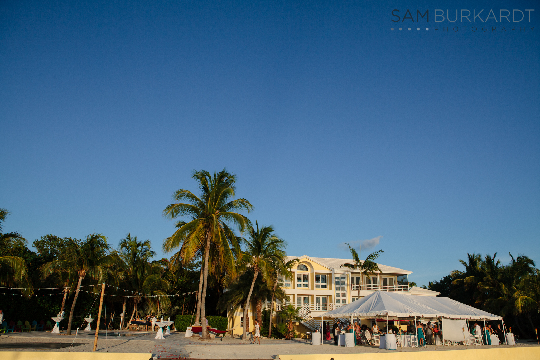 samburkardt_key_west_wedding_marathon_florida_summer_beach_ocean_front_0058.jpg