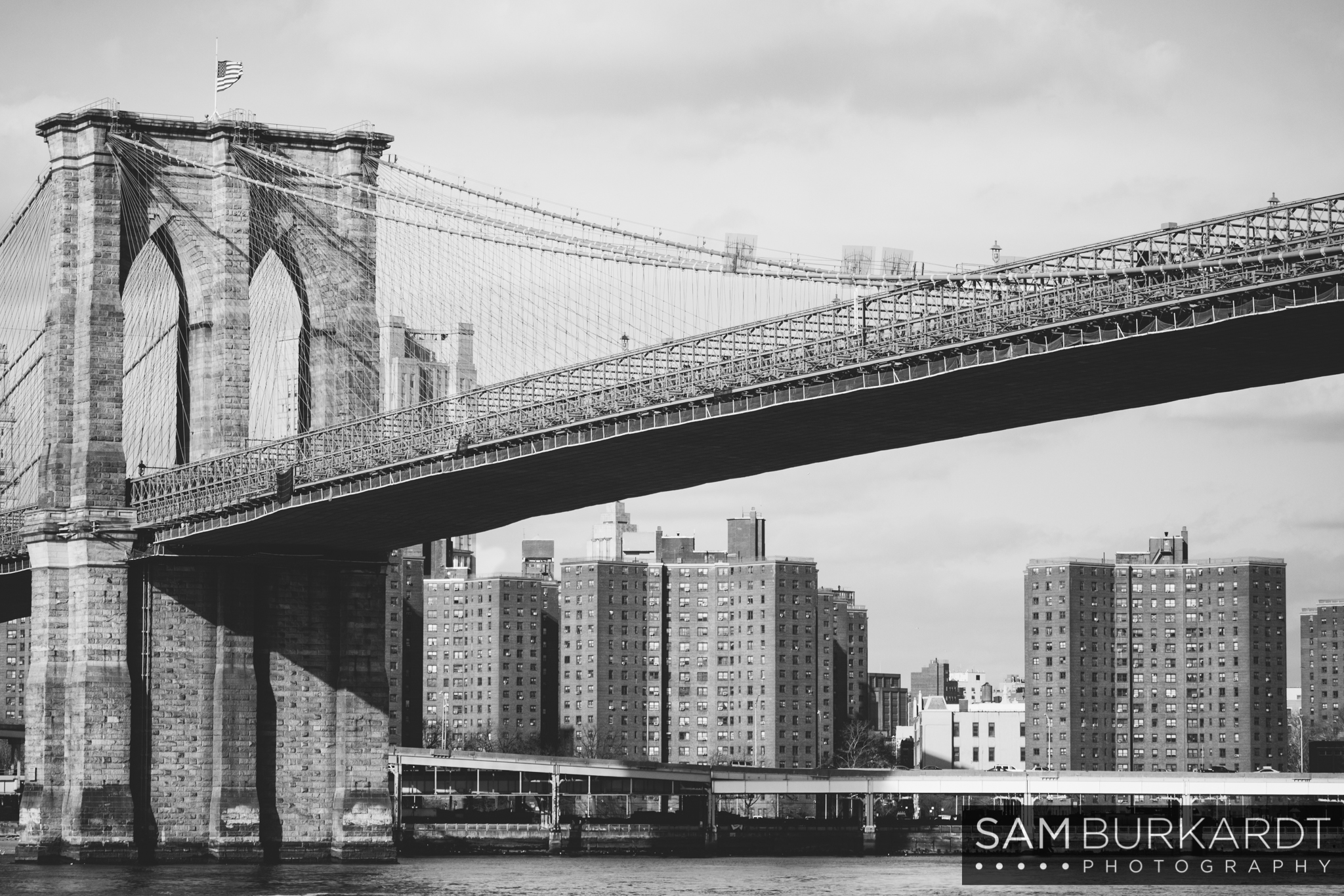 samburkardt_brooklyn_bridge_new_york_engagement_proposal_skyline_0002.jpg