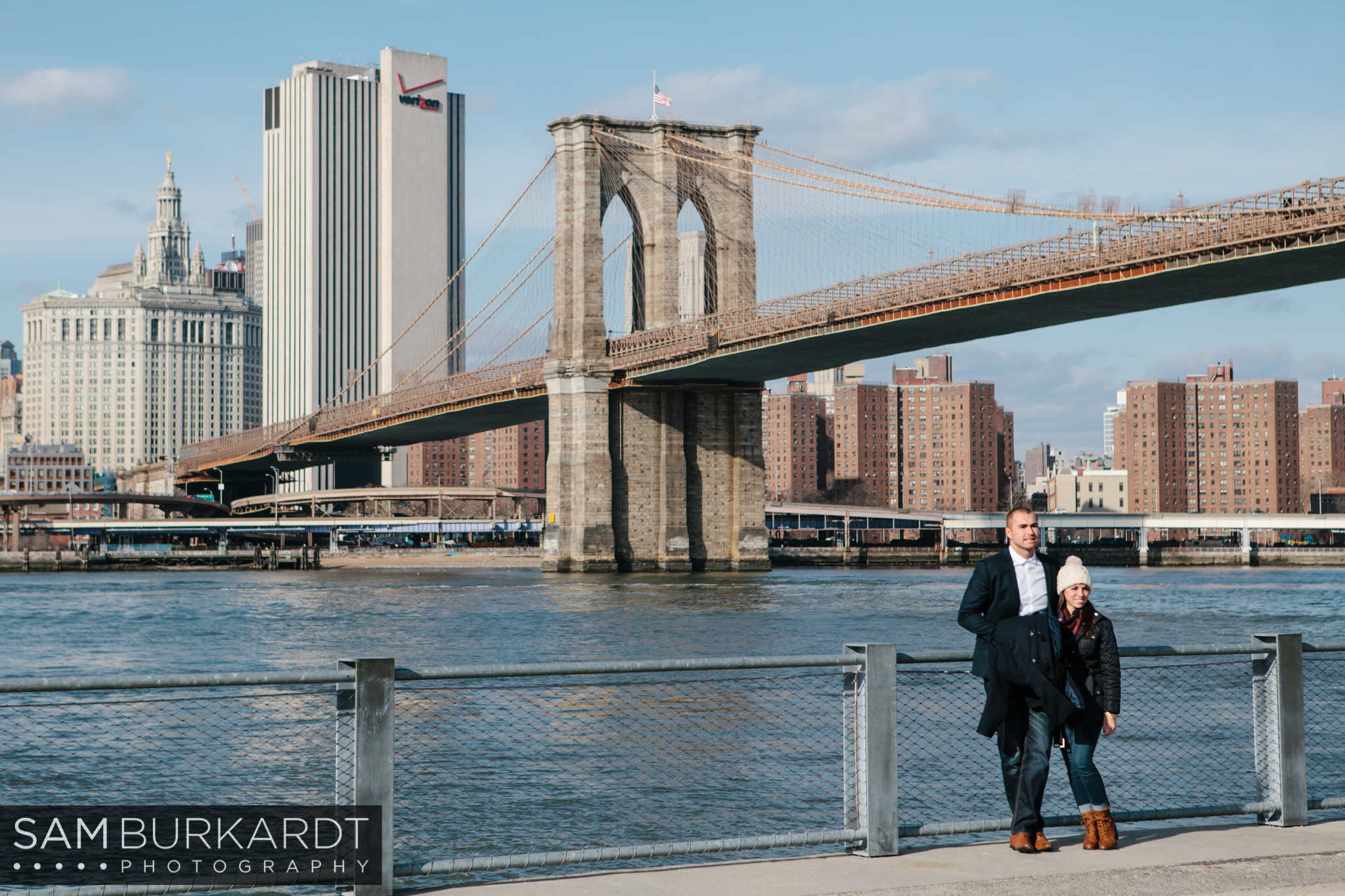 samburkardt_brooklyn_bridge_new_york_engagement_proposal_skyline_0003.jpg