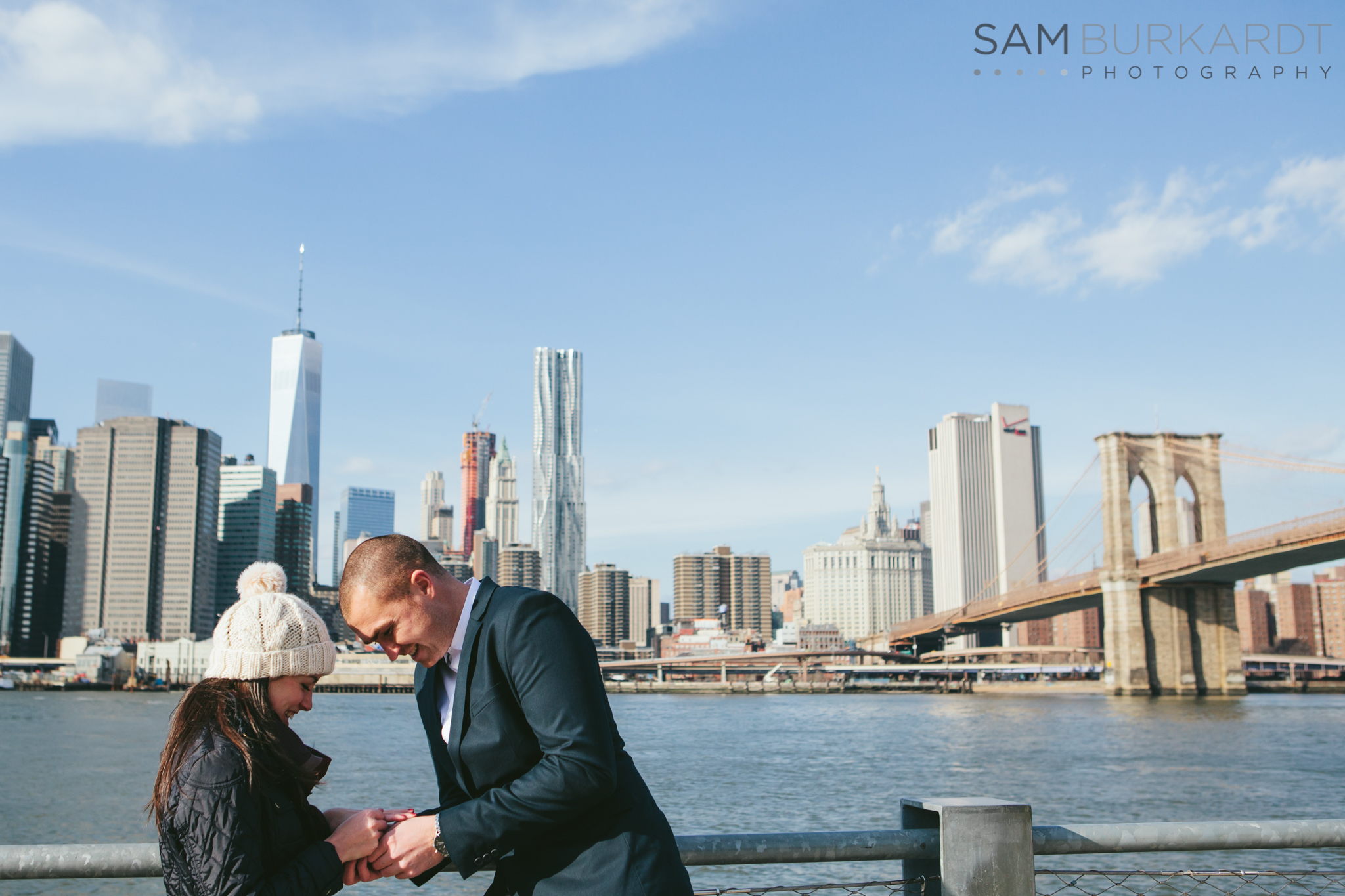 samburkardt_brooklyn_bridge_new_york_engagement_proposal_skyline_0011.jpg