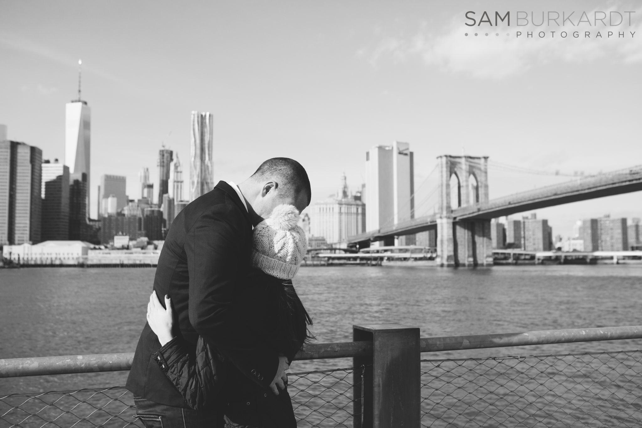 samburkardt_brooklyn_bridge_new_york_engagement_proposal_skyline_0014.jpg