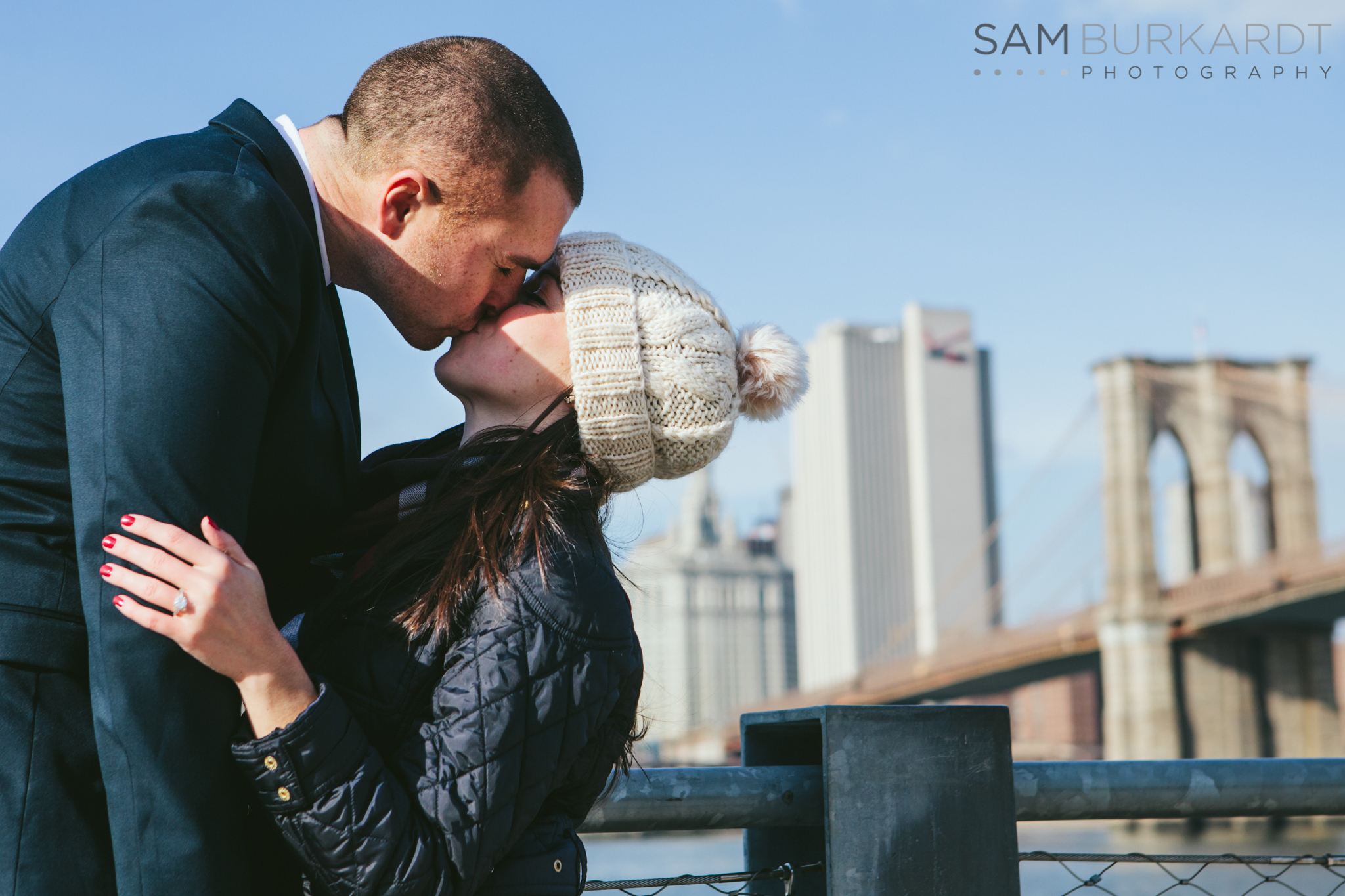 samburkardt_brooklyn_bridge_new_york_engagement_proposal_skyline_0013.jpg