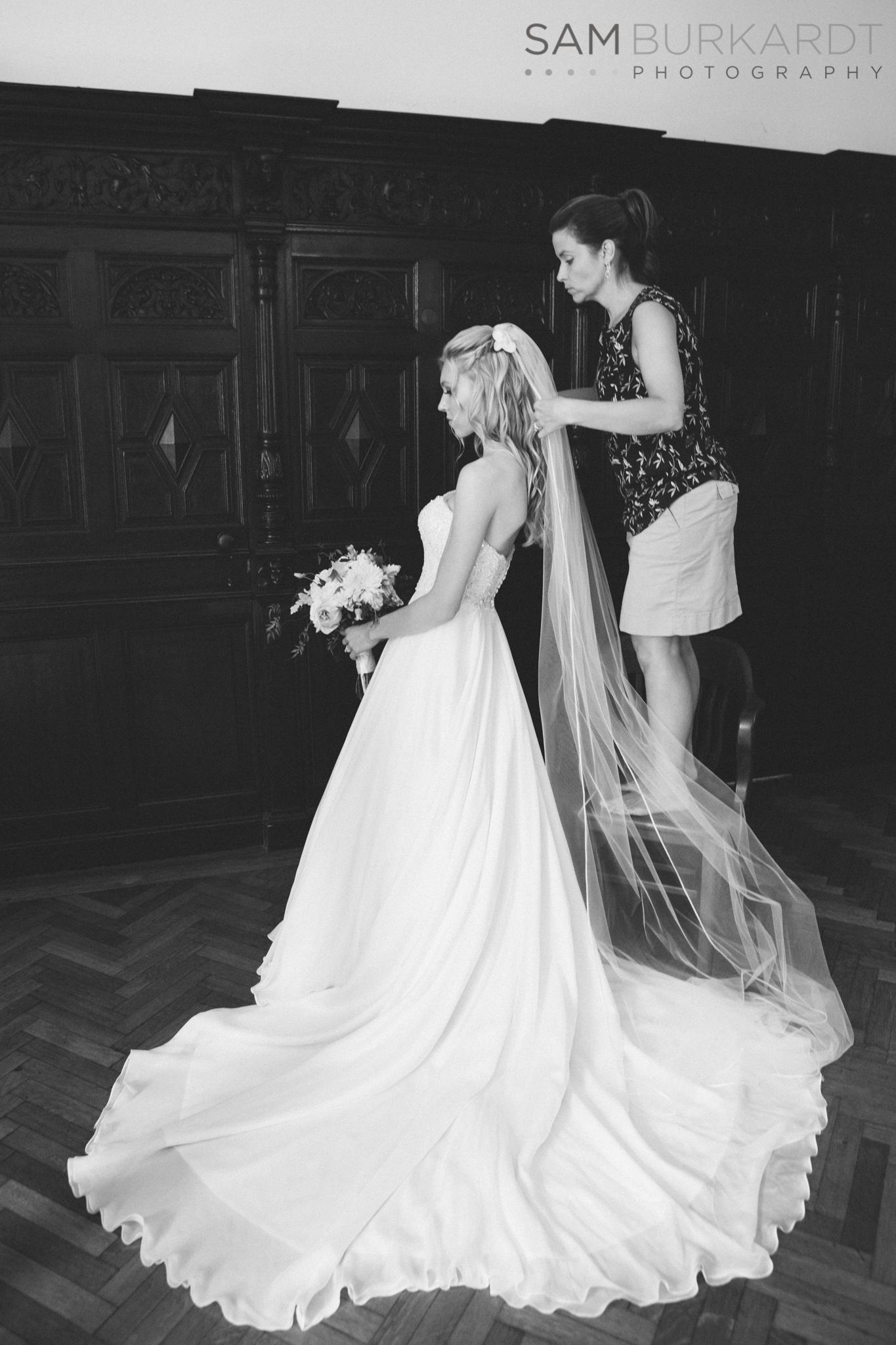 samburkardt_platz_moore_connecticut_branford_house_long_island_sound_august_photography_wedding_glamour_pink_0016.jpg