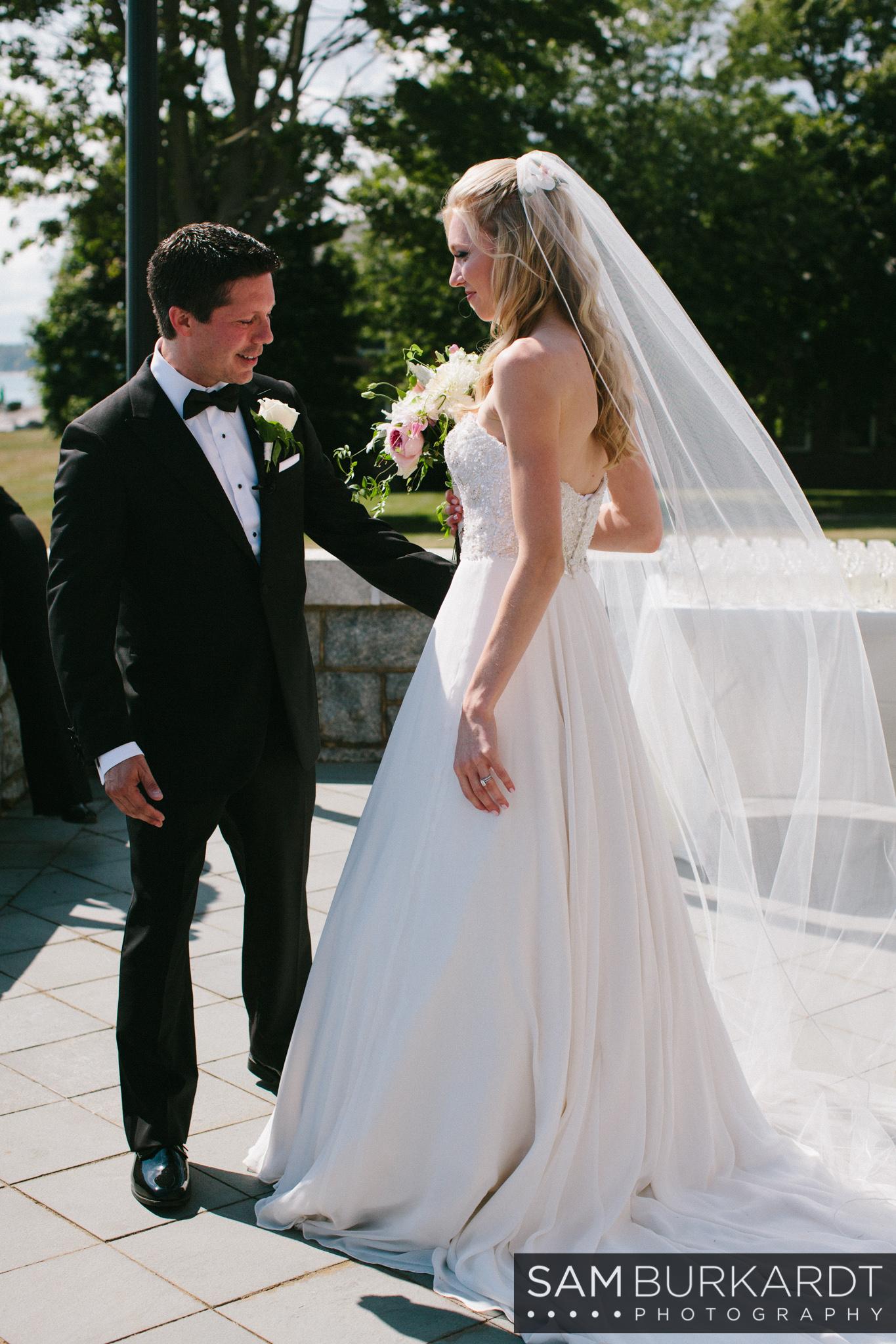 samburkardt_platz_moore_connecticut_branford_house_long_island_sound_august_photography_wedding_glamour_pink_0022.jpg