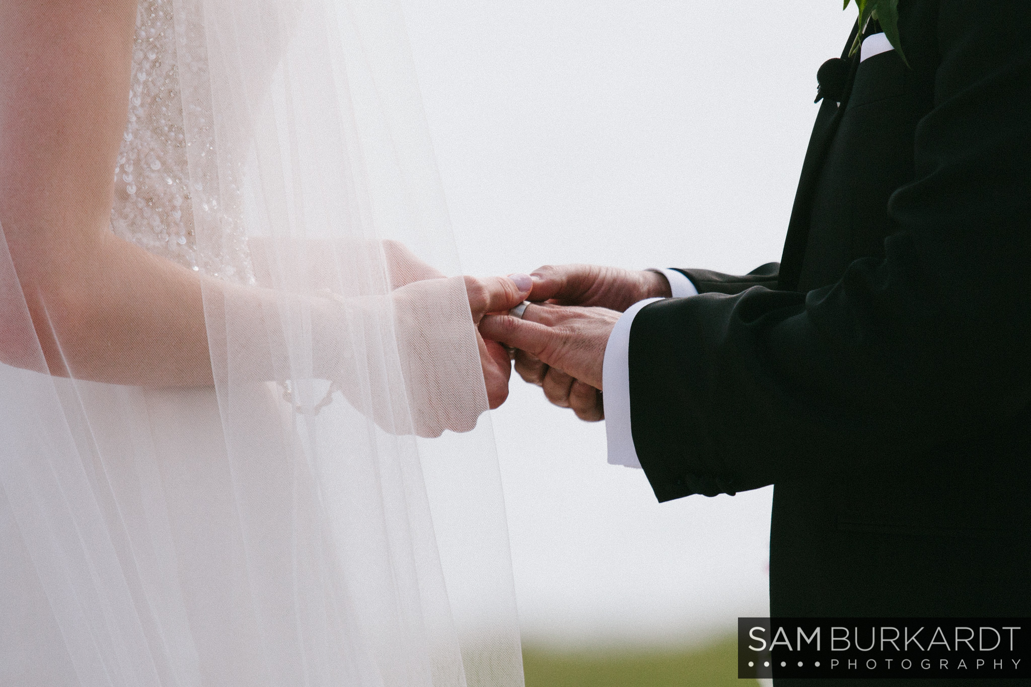 samburkardt_platz_moore_connecticut_branford_house_long_island_sound_august_photography_wedding_glamour_pink_0027.jpg