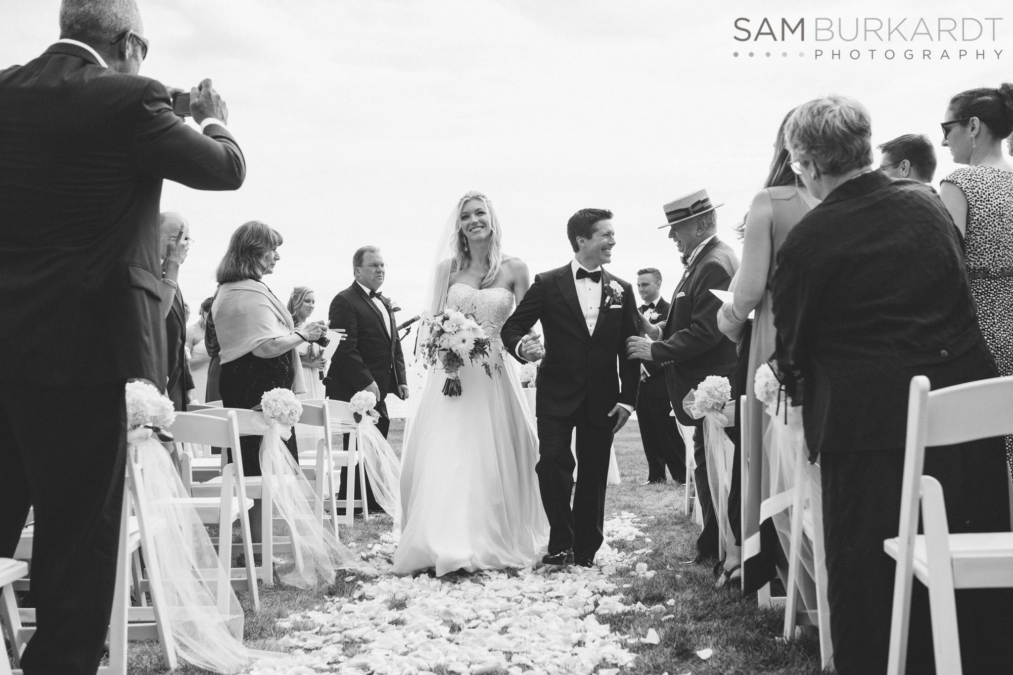 samburkardt_platz_moore_connecticut_branford_house_long_island_sound_august_photography_wedding_glamour_pink_0029.jpg
