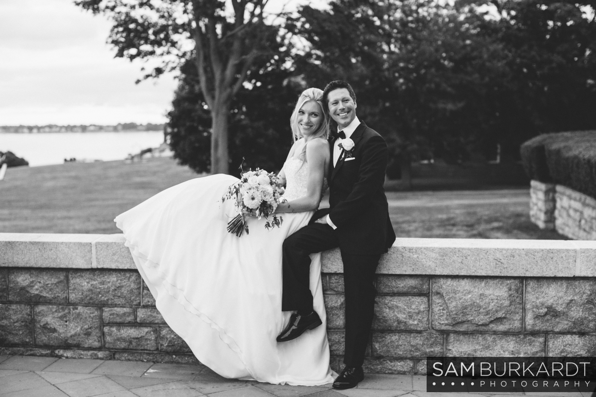 samburkardt_platz_moore_connecticut_branford_house_long_island_sound_august_photography_wedding_glamour_pink_0038.jpg