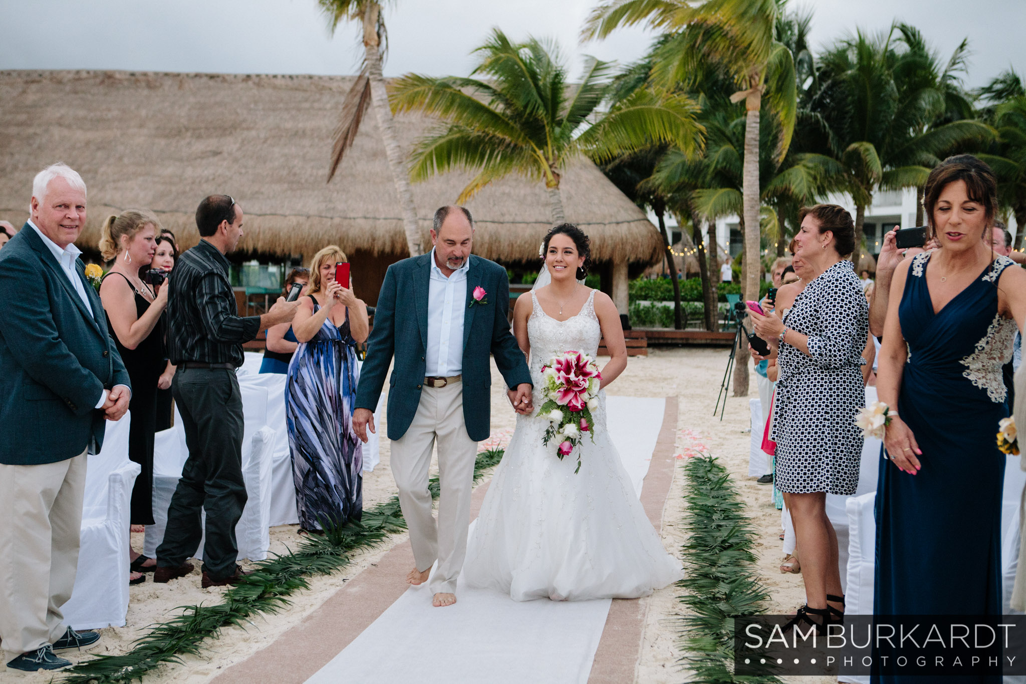 samburkardt-mexico-wedding-beach-0033.jpg