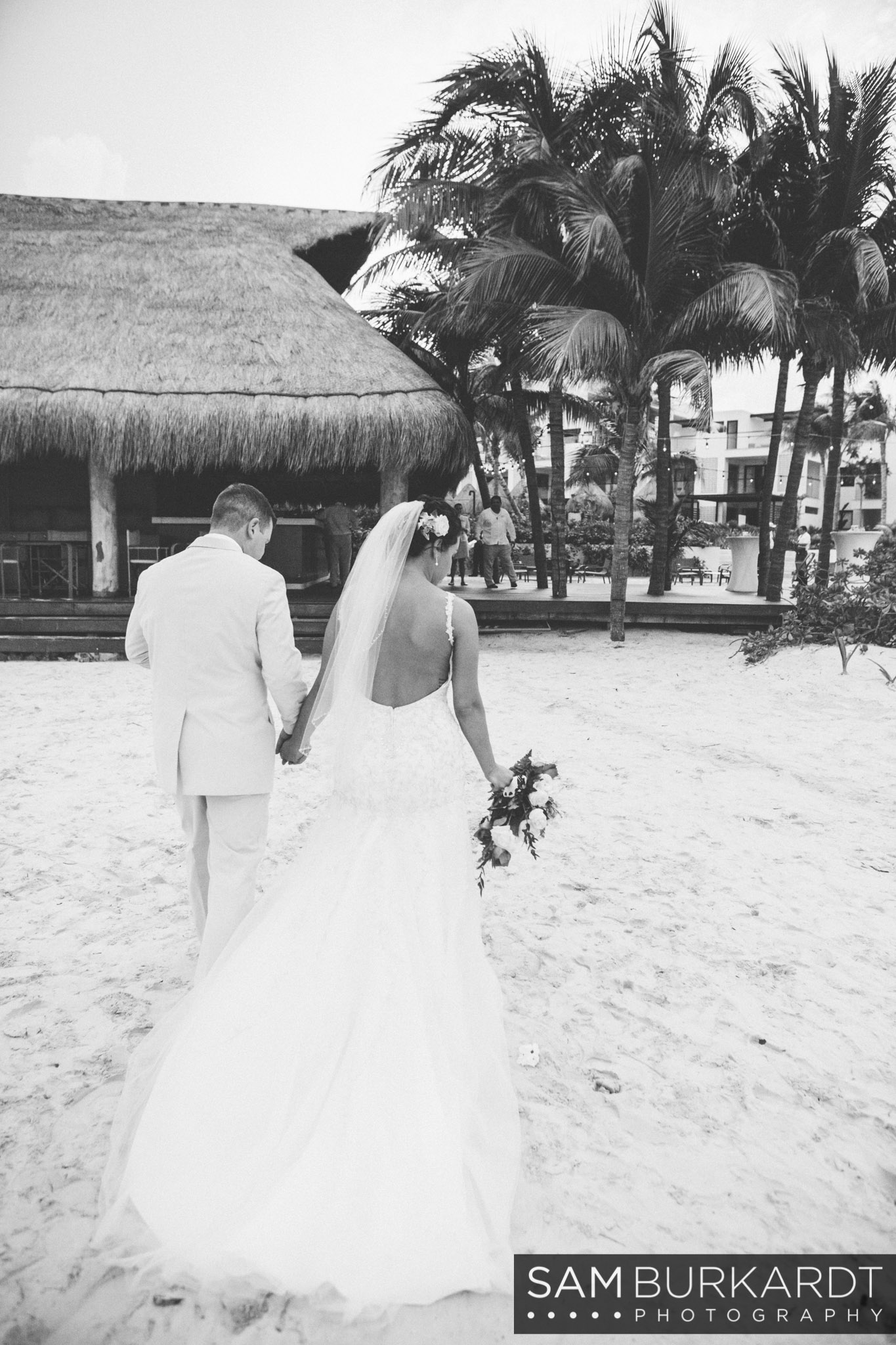 samburkardt-mexico-wedding-beach-0043.jpg