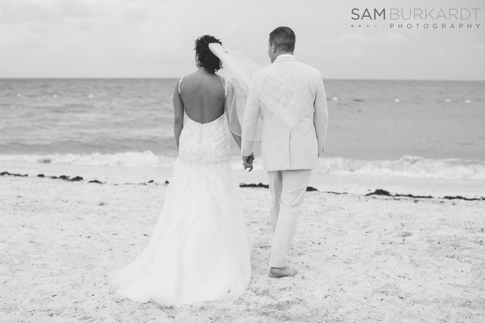 samburkardt-mexico-wedding-beach-0047.jpg