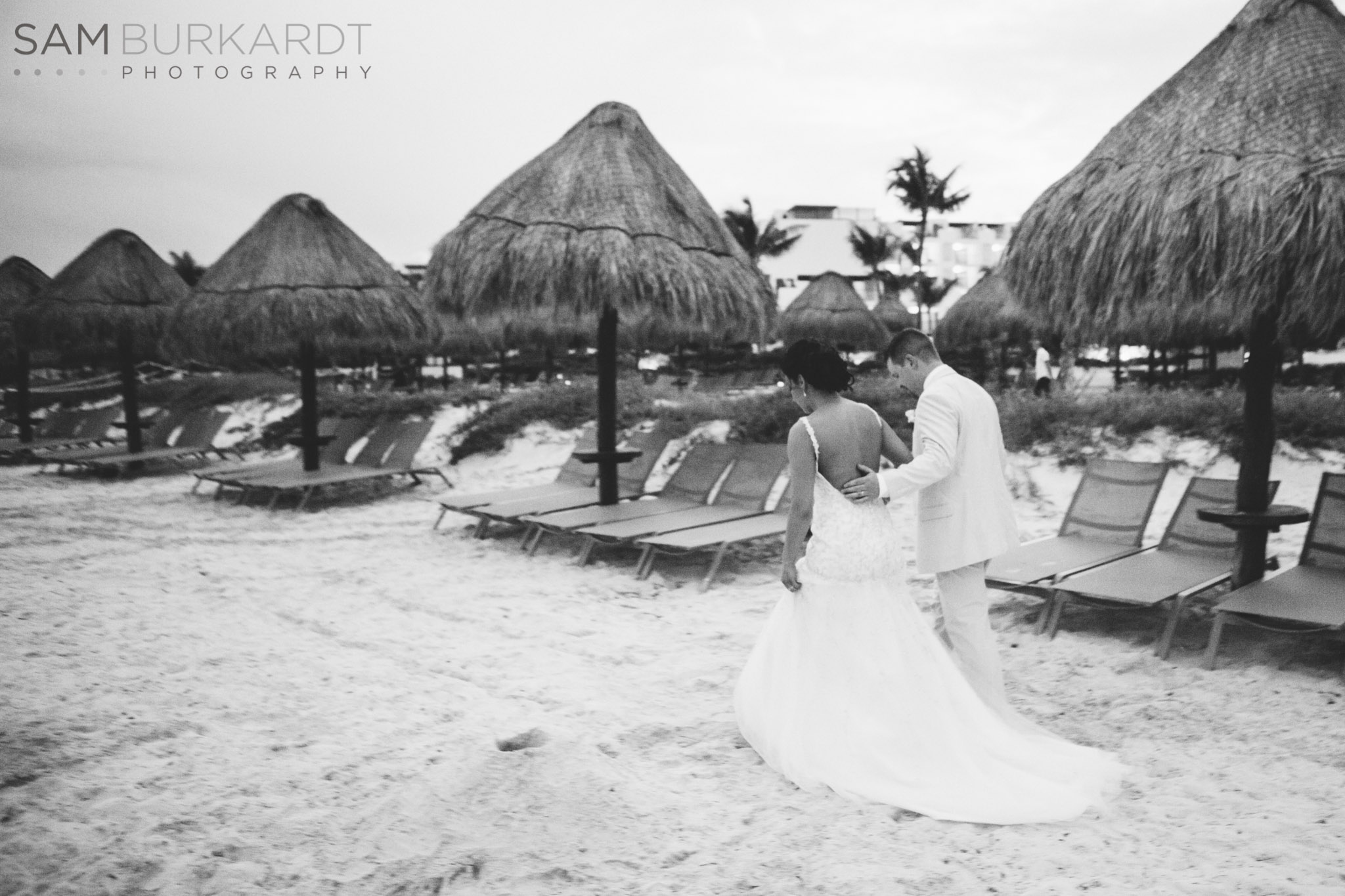 samburkardt-mexico-wedding-beach-0051.jpg