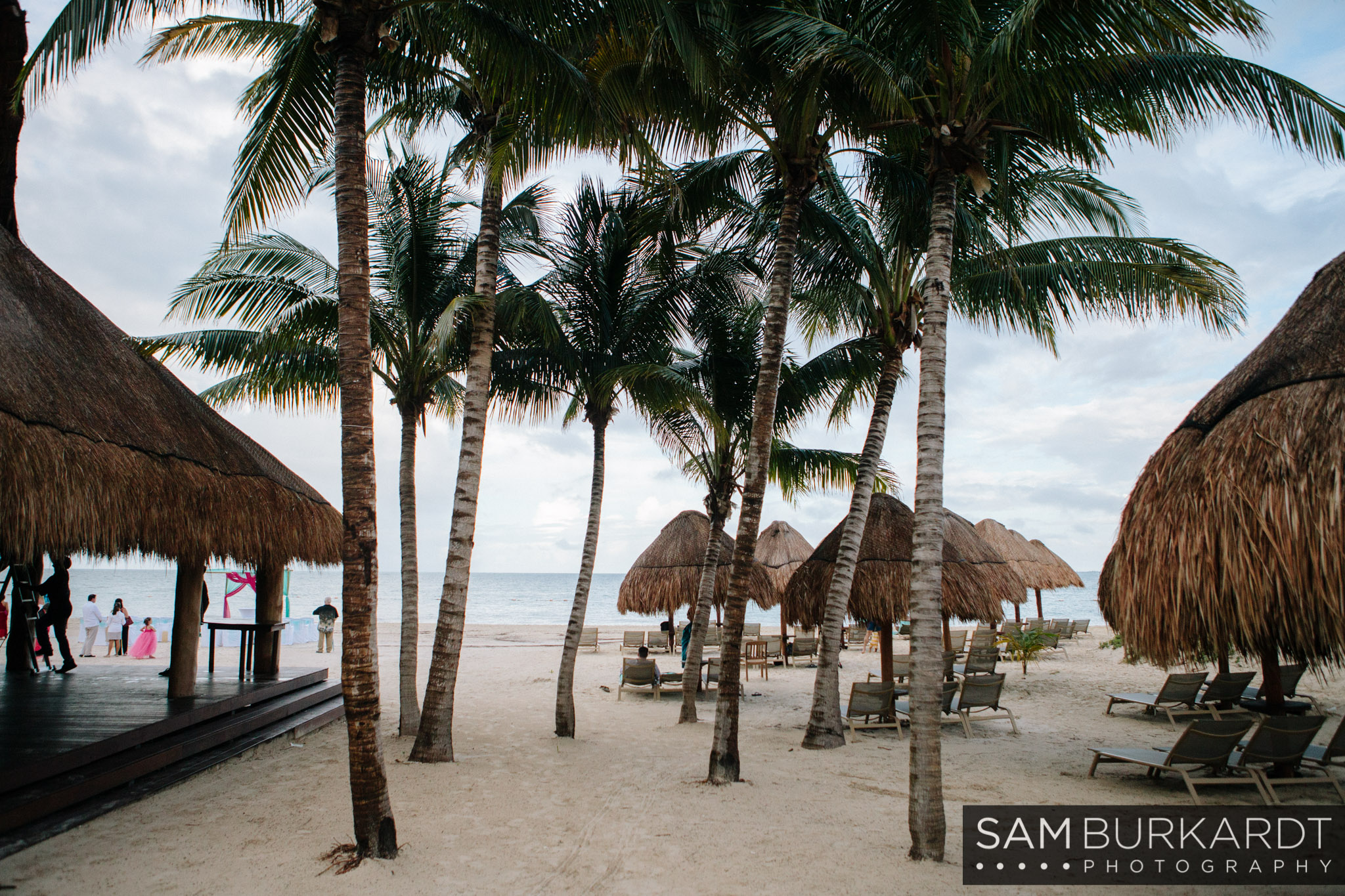 samburkardt-mexico-beach-wedding-playa-mujeres_0001.jpg