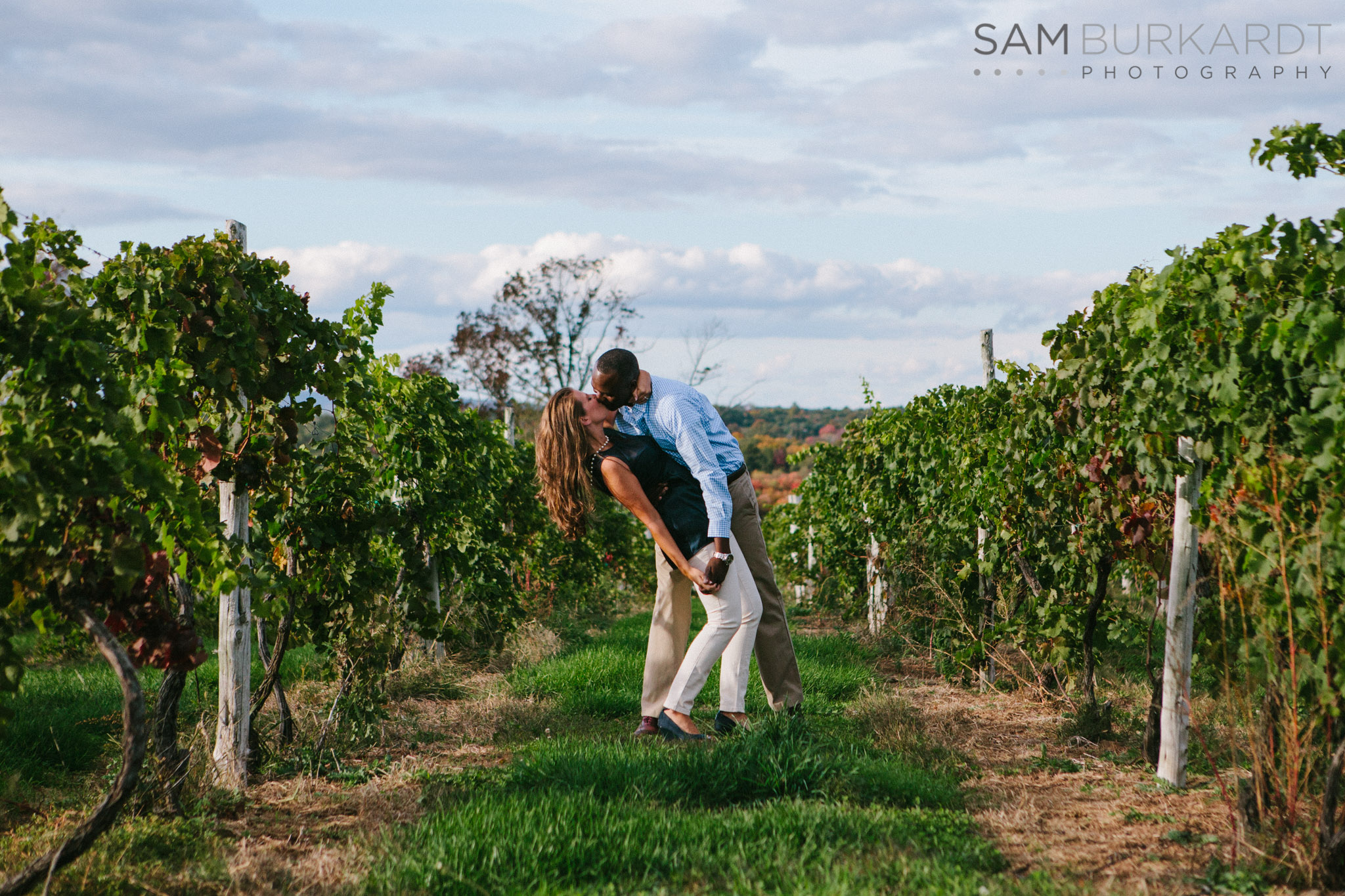samburkardt-fall-engagement-connecticut-vineyard-nature-wine_0008.jpg