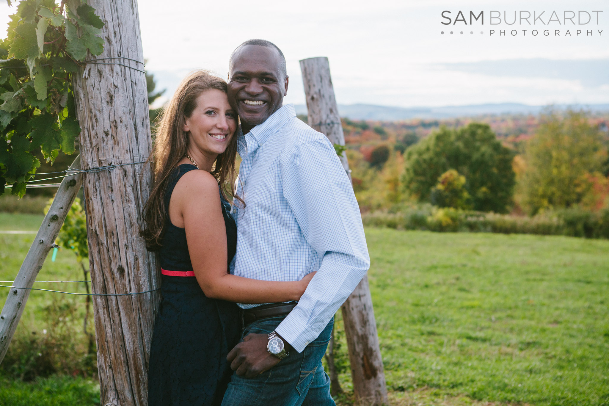 samburkardt-fall-engagement-connecticut-vineyard-nature-wine_0011.jpg