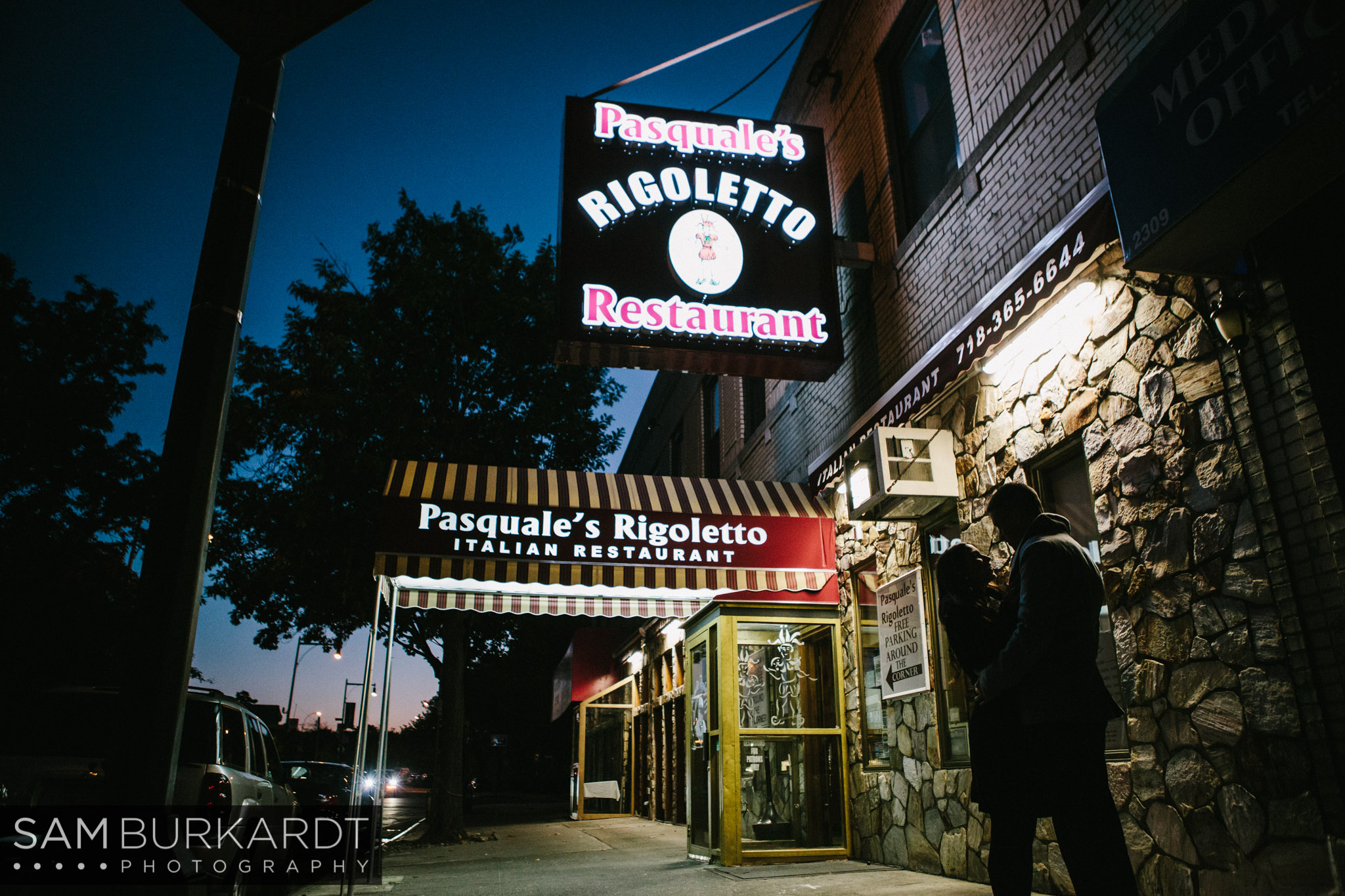 samburkardt-little-italy-bronx-new-york-engagement_0022.jpg