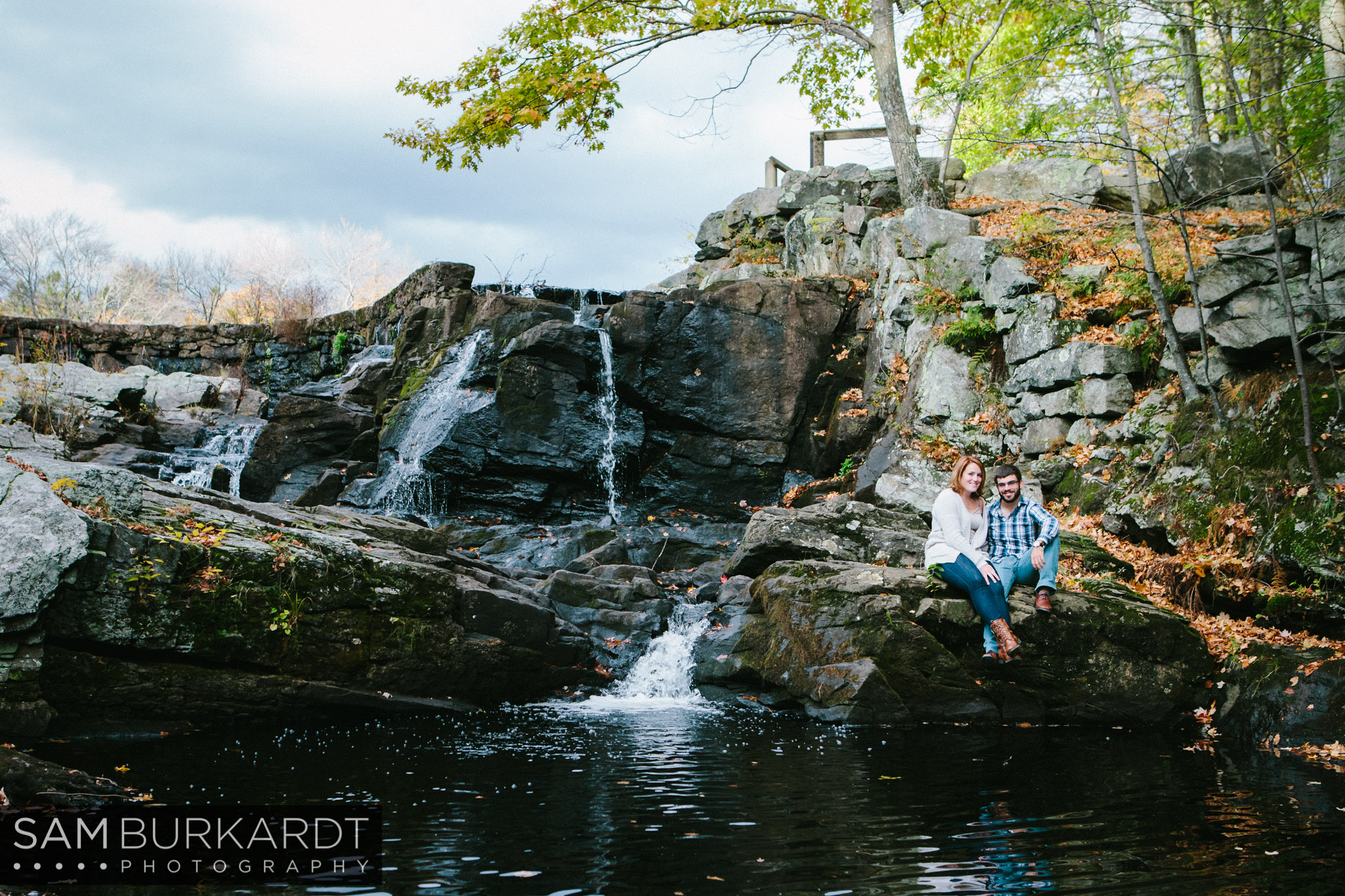 samburkardt-fall-engagement-connecticut-foliage-southford-falls-state-park_0009.jpg