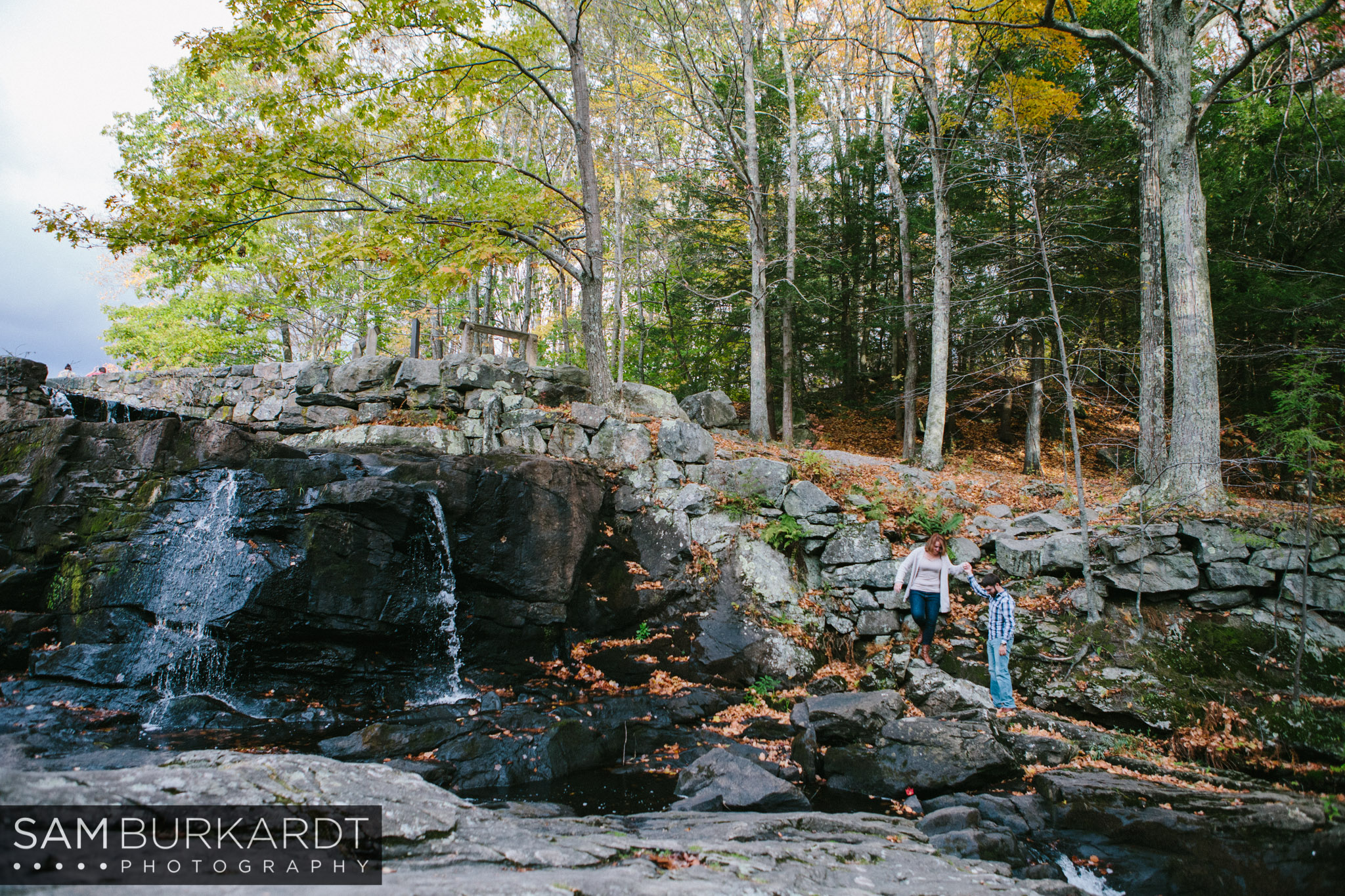 samburkardt-fall-engagement-connecticut-foliage-southford-falls-state-park_0008.jpg